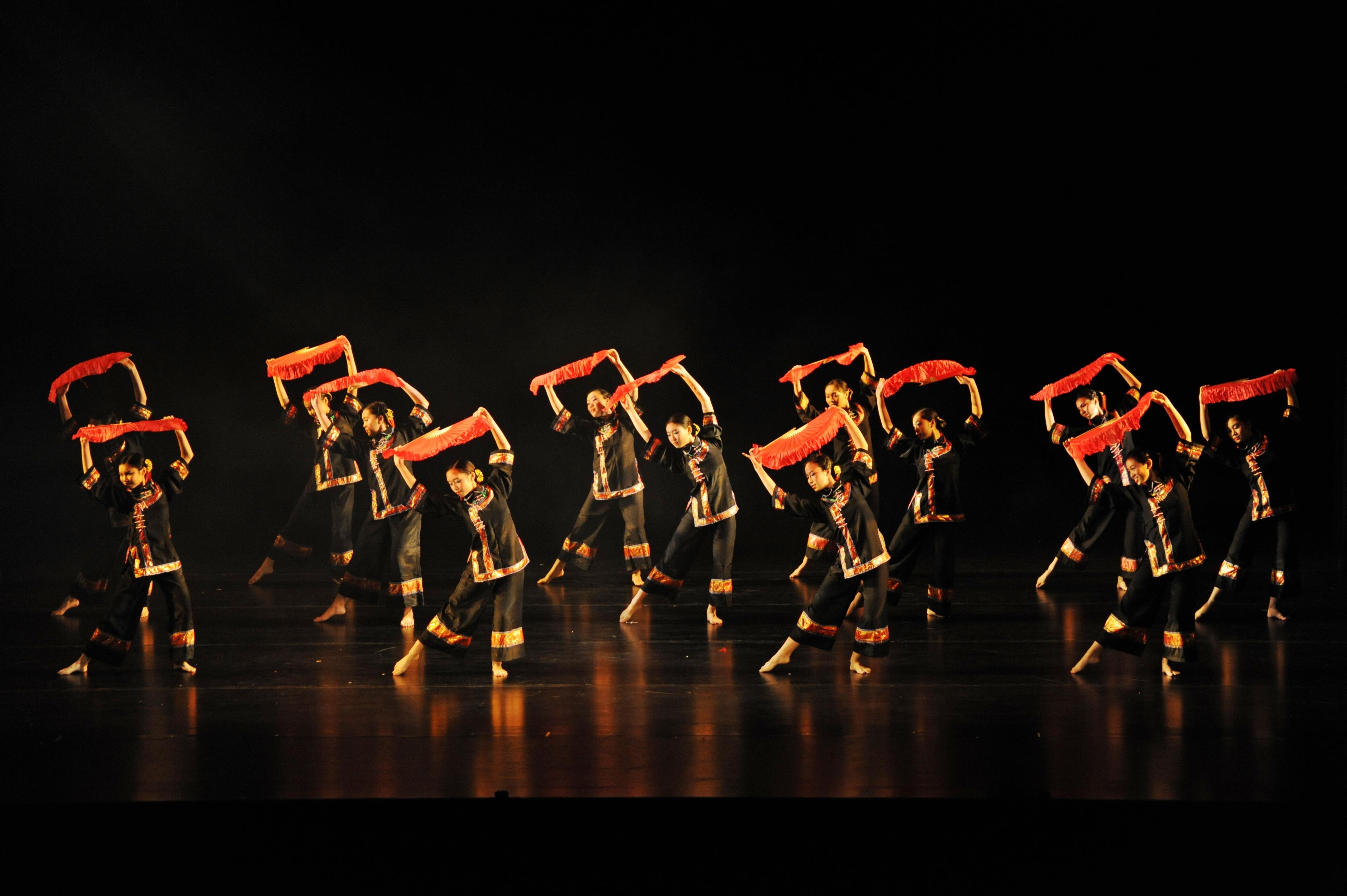 https://www.hkcchoir.org/sites/default/files/youth_dance_2016wu_yuan_chuan_cheng_1.jpg